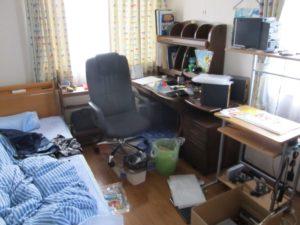 物で溢れている部屋
